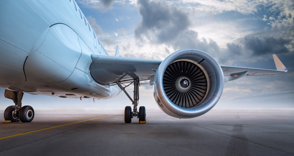 GE sells aircraft leasing division to AerCap in $30bn deal